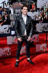 Gregg Sulkin: 2014 MTV Movie Awards - Arrivals