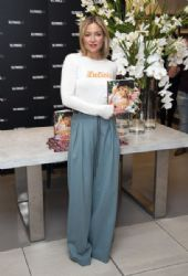 Kate Hudson: signs copies of her first book 'Pretty Happy' at Selfridge in Londons