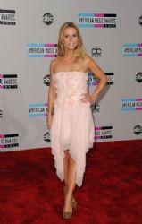 Cheryl Hines: 2011 American Music Awards