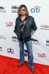 Billy Ray Cyrus: 2014 Billboard Music Awards - Arrivals