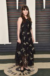 Zooey Deschanel: 2016 Vanity Fair Oscar Party Hosted By Graydon Carter - Arrivals