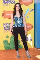 Vanessa Marano: Nickelodeon's 28th Annual Kids' Choice Awards - Arrivals
