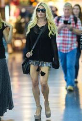 Jessica Simpson wears Gucci - New York City June 10, 2014