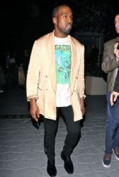 Kanye West - Inaugural Daily Front Row Fashion Los Angeles Awards