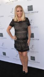 Kendra Wilkinson arrives at the Launches of Jennifer Love Hewitt's new maternity line,