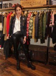 Mercedes Oviedo: shop openning