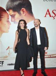 Tuvana Türkay and Atalay Demirci - Ask Sana Benzer Premiere
