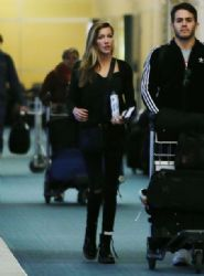 Katie Cassidy: Vancouver International Airport 2/16/ 2017