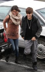 Justin Bieber and Selena Gomez: Caught in the Rain
