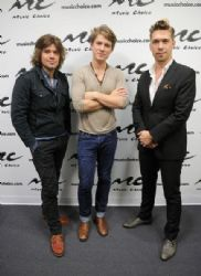 Hanson Stops by Music Choice