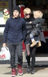 Ashlee Simpson, Pete Wentz and their son Bronx