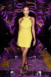 Irina Shayk wears Versace - Atelier Versace Fall 2015 front row