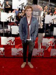 Sam Claflin: 2014 MTV Movie Awards - Arrivals
