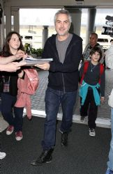 Alfonso Cuarón: airport look