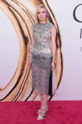 Kirsten Dunst attends the 2016 CFDA Fashion Awards