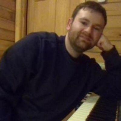 Jarrod Roberts (Pianist)