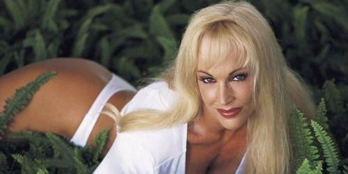 Debra Wrestler