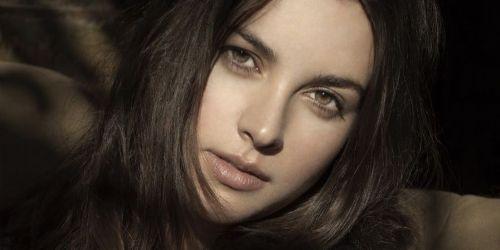 amelia white actress dating