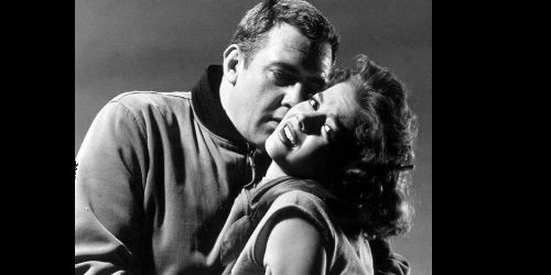 Natalie Wood and Raymond Burr