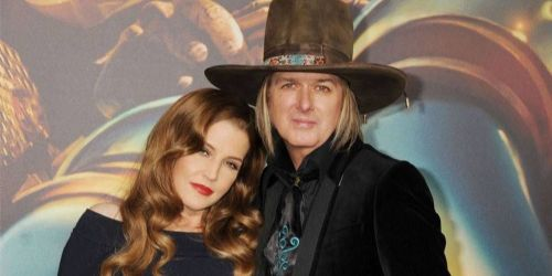 Lisa Marie Presley And Michael Lockwood Dating Gossip News Photos Wählen sie aus erstklassigen inhalten zum thema finley aaron love in höchster qualität. lisa marie presley and michael lockwood