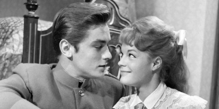 Alain delon and romy schneider dating gossip news photos for Alain delon romy schneider la piscine