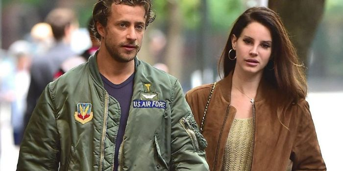 Lana Del Rey s Boyfriend Singer Dating Barrie-James O Neill (PHOTO)