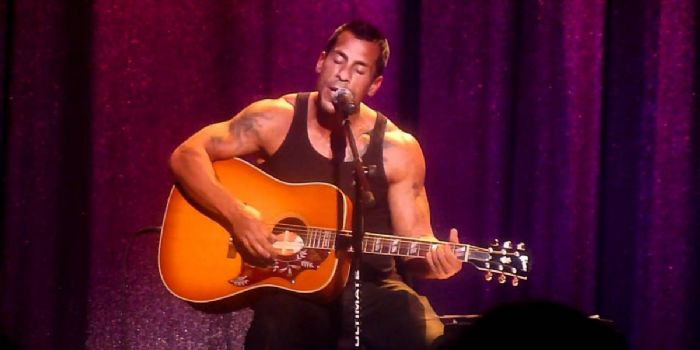 is danny wood dating anyone