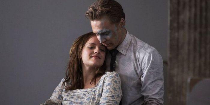 Tom Hiddleston and Elisabeth Moss