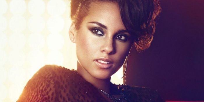 Is alicia keys dating someone 2008