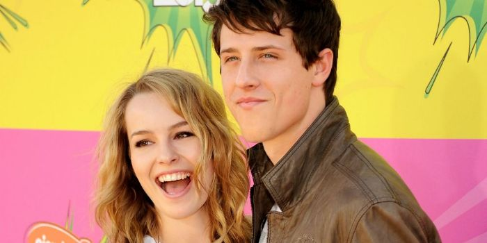 Who is bridgit mendler dating november 2012