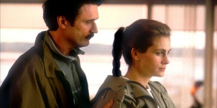 Julia Roberts and Patrick Bergin