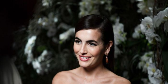 camilla belle currently dating She's now better known for playing the lead female role in the epic 10,000 bc   tim tebow new girlfriend: is he dating camilla belle.