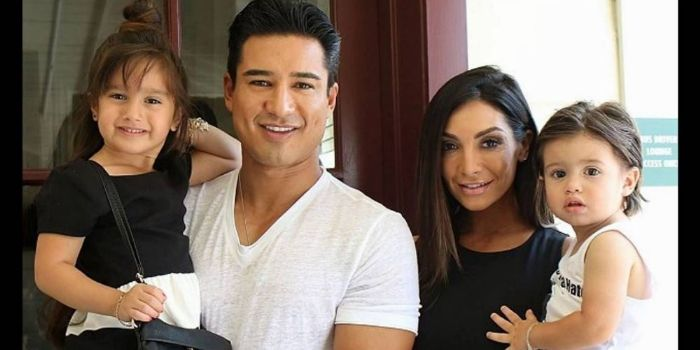 Who dating mario lopez