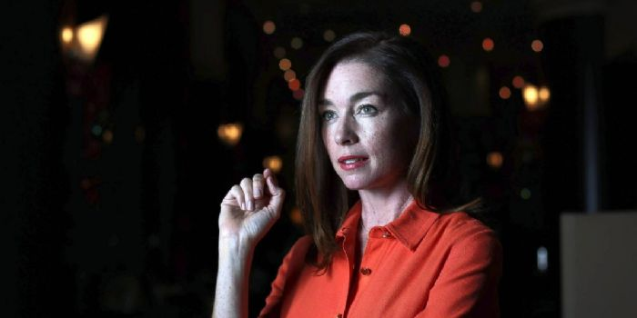 Who is Julianne Nicholson dating? Julianne Nicholson ...