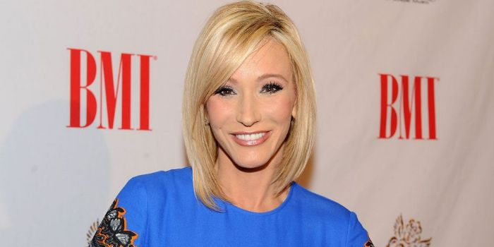 is paula white dating The newest sex dating app for swingers has arrived  paula • white women slim athletic, dr's,.