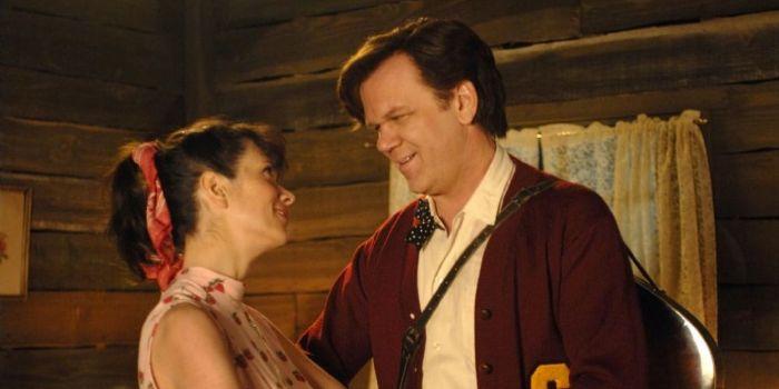 John C. Reilly and Kristen Wiig