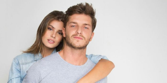 Klebber Toledo and Camila Queiroz