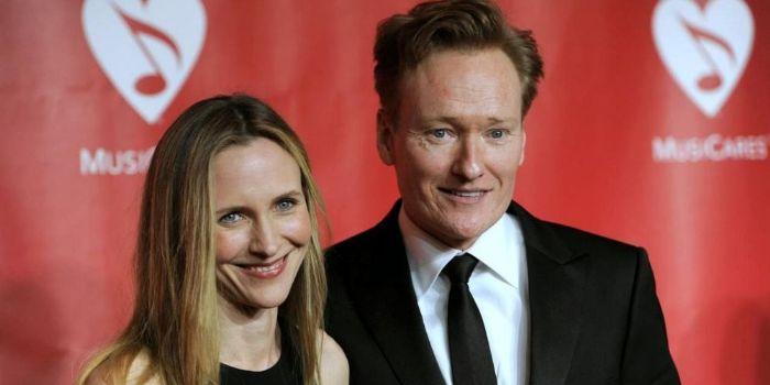 Conan obrien lisa kudrow dating