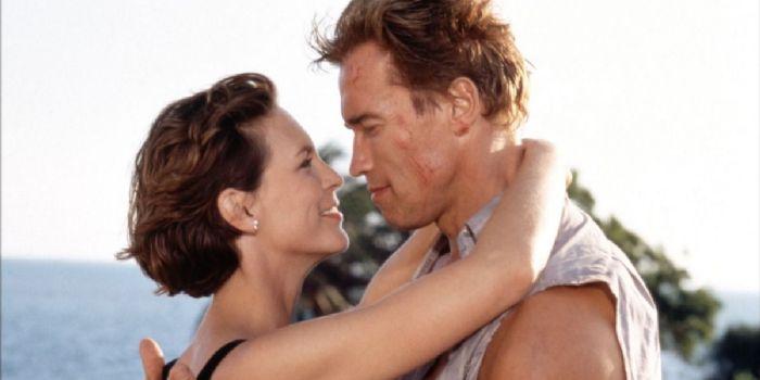 Arnold Schwarzenegger and Jamie Curtis