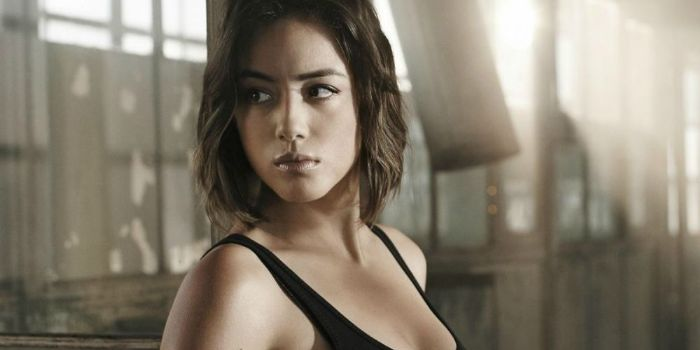 Who is Chloe Bennet dating? Chloe Bennet boyfriend, husband