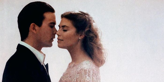 Kelly McGillis and Timothy Hutton