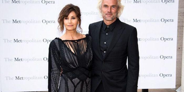 Robert Dekeyser and Gina Gershon