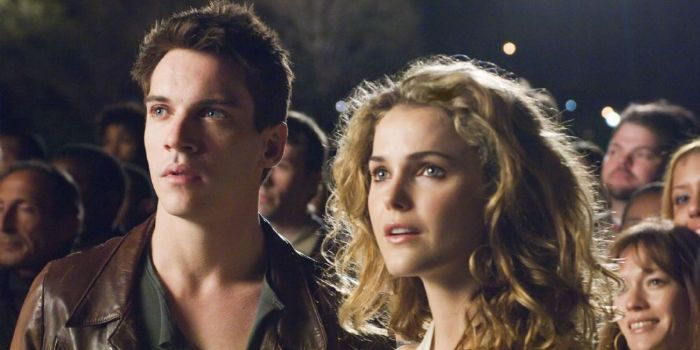Keri Russell and Jonathan Rhys Meyers