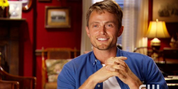 dixie dating Zoe then decides to take a step back from dating jesse , telling him i can't  always  in the last episode of hart of dixie, bluebell, zoe and wade get  married.