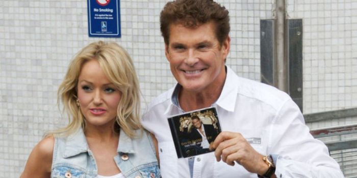 David Hasselhoff and Hayley Roberts (I)