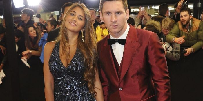 Who dating lionel messi